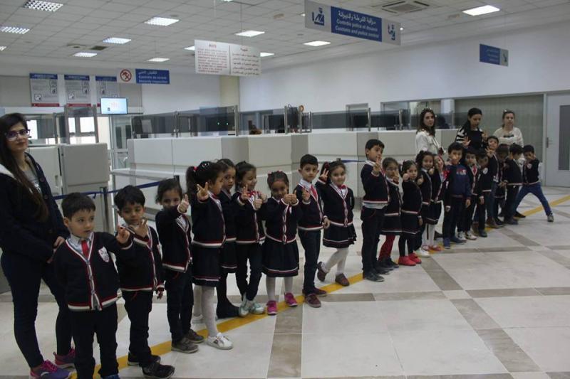 زيارة ميدانية لمطارصفاقس طينة الدولي مع تلاميذ السنة التحضيرية في إطار مشروع القسم : وسائل النقل